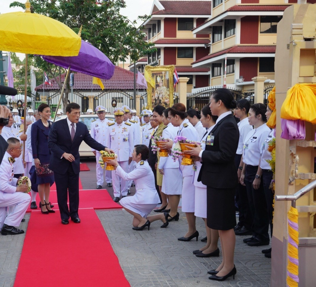 His Majesty King Maha Vajiralongkorn and Her Majesty Queen Suthida preside over